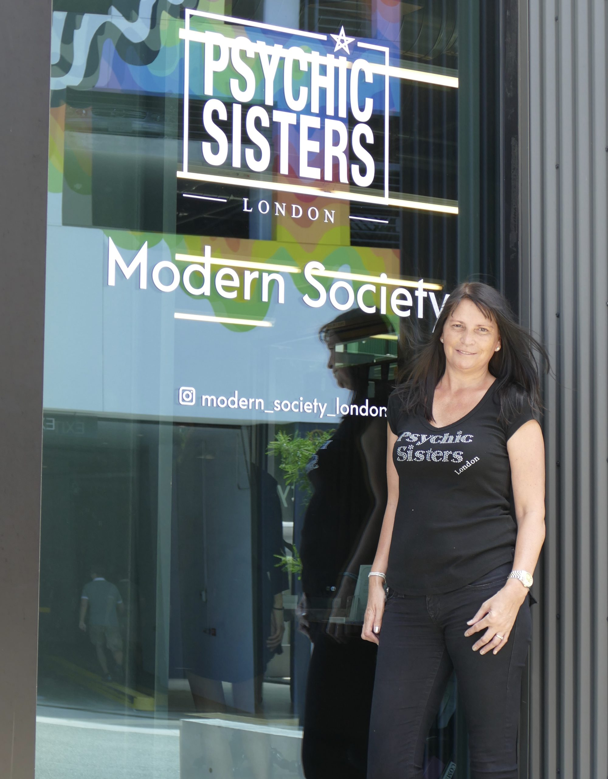 Psychic Sisters New Boutique In Los Angeles Jayne Wallace And The